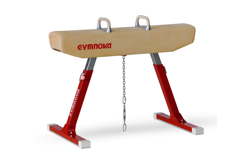 Pommel horse covered with natural leather -