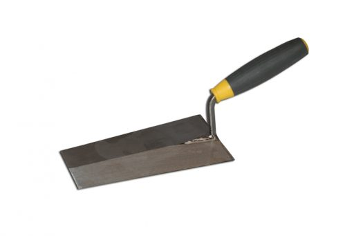 Steel coated trowel to fill mould